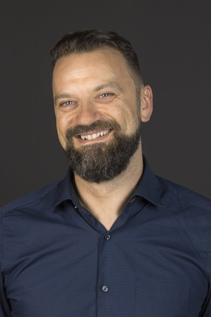 Krzysztof Pikiewicz ESL