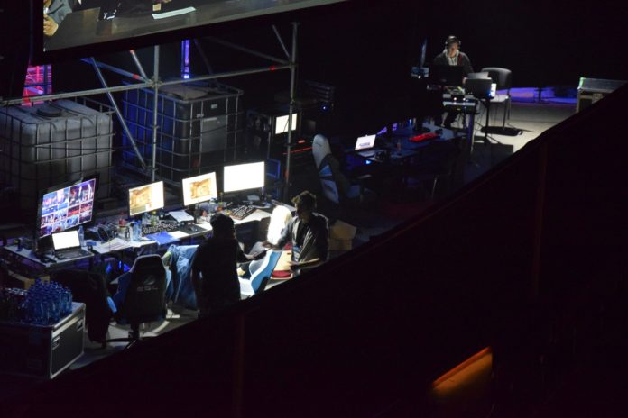 iem-behind-the-scene