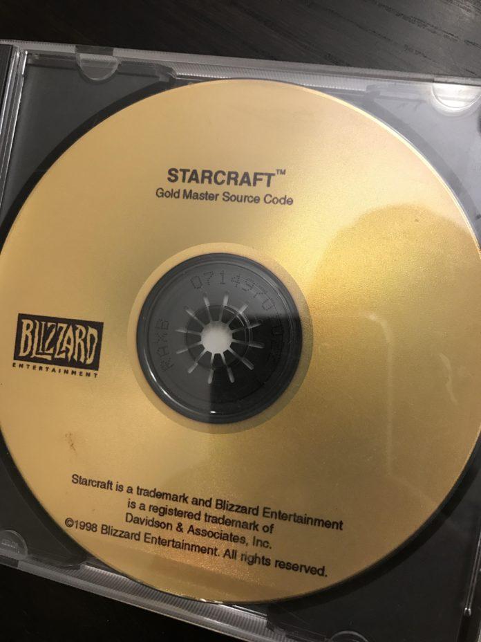 Kod źródłowy Starcraft I z 1998 roku