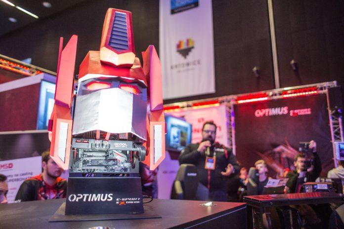 IEM Katowice 2018 - stoisko firm OPTIMUS i Lioncast