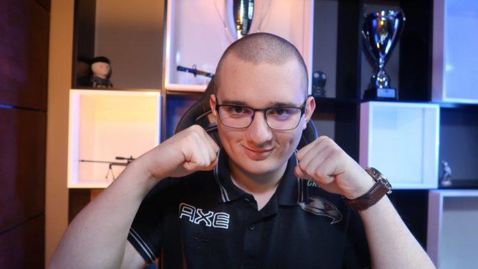Dominik GruBy Świderski - AGO Esports