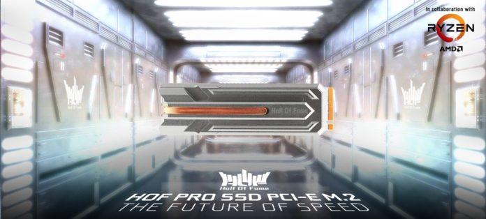 GALAX HOF Pro SSD PCIe M.2 - dysk SSD w białej kolorystyce 2