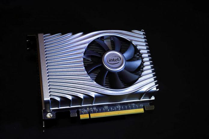 Intel prezentuje mikroarchitekturę Xe z kartą graficzną Xe DG1 1