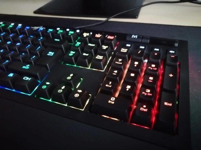 uRAGE EXODUS 900 Mechanical – recenzja klawiatury mechanicznej z podświetleniem 2