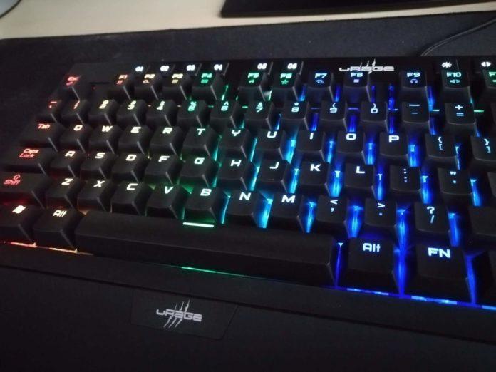 uRAGE EXODUS 900 Mechanical – recenzja klawiatury mechanicznej z podświetleniem 3
