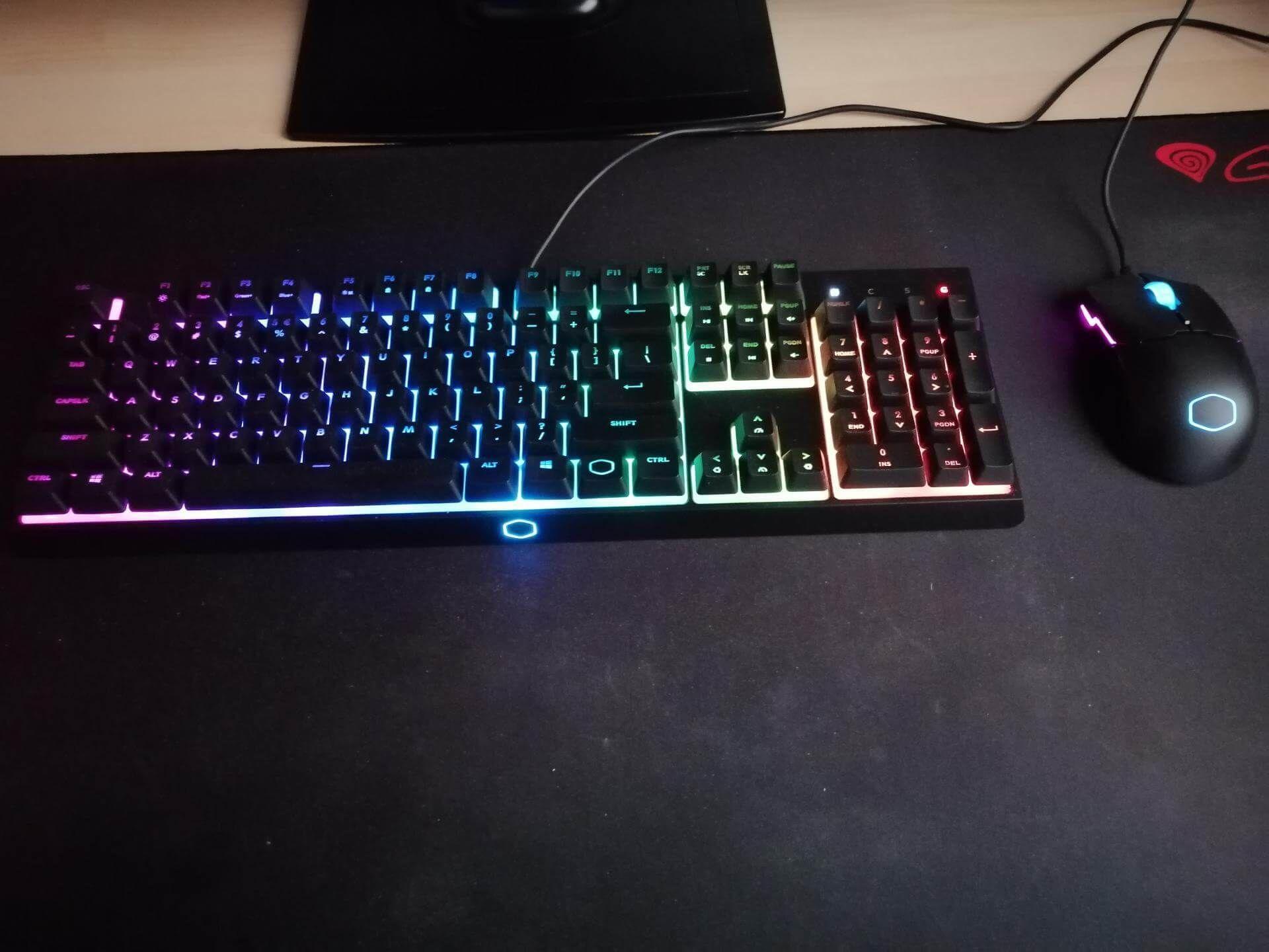 Cooler Master MS110 - testy zestawu myszki i klawiatury z podświetleniem 1