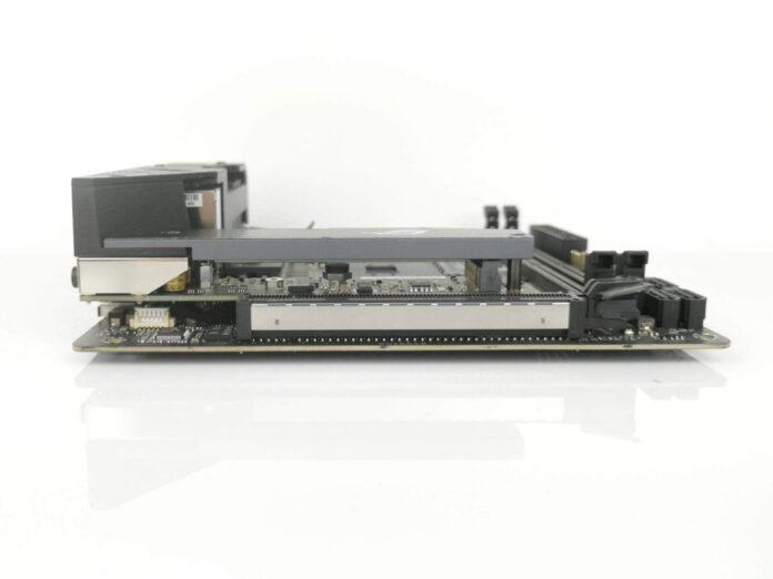 ASUS ROG Strix B550-I Gaming - złącze PCI Express 4.0