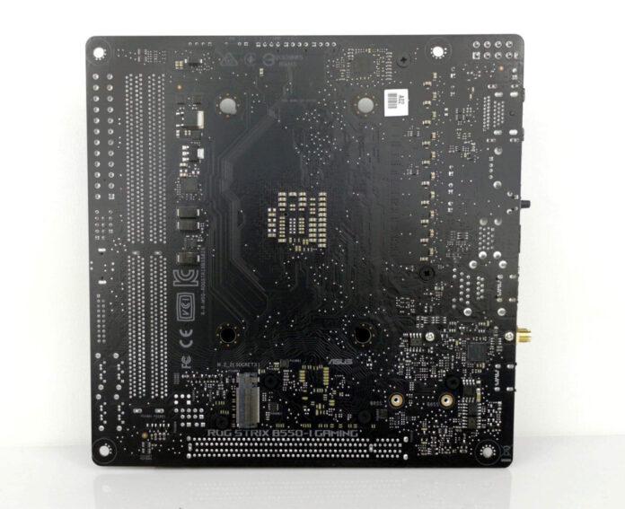 ASUS ROG Strix B550-I Gaming - tył płyty głównej