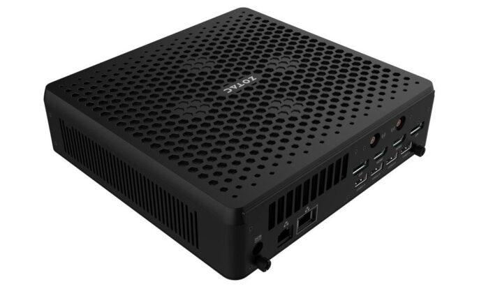 ZBOX QCM7T3000 - mała stacja robocza od Zotaca 2